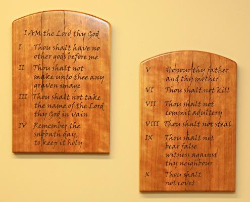 Ten-Commandments-Tablet-Set